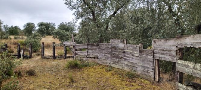 la antigua plaza de Vega de Tirados