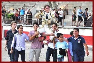 Joaquin a hombros, vainqueur du 20ème Trophée Nimeño II, Août 2014