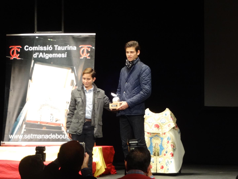 Remise de prix : El Rafi, vainqueur de la Naranja de plata 2015 à Algemesi  ...El Rafi, triunfador de la Naranja de Plata 2015 en Algemesi...